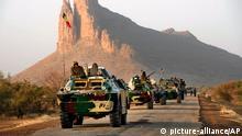 Mali Militär Konvoi bei Hambori
