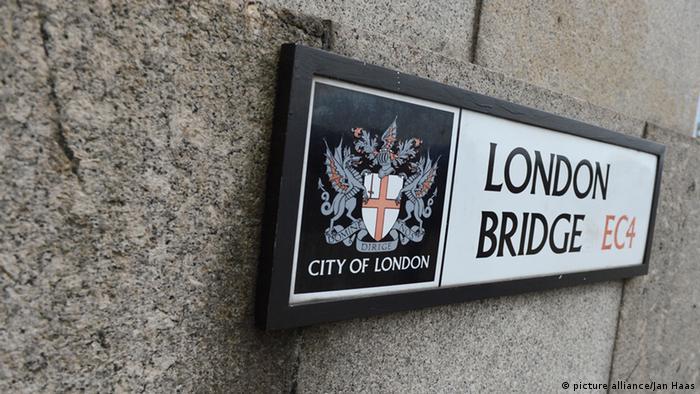 Schild London Bridge EC4