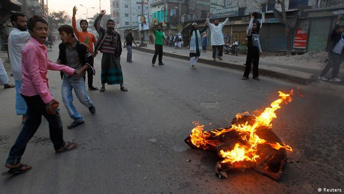 Bangladesch Streik Gerichtsurteil Kriegsverbrechen während Unabhängigkeitskrieg
