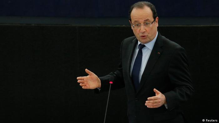 Президент Франции Франсуа Олланд во время выступления в Европарламенте в Страсбурге