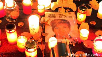 Memorial for the victim of an honor killing in Detmold, Arzu Özmen, Copyright: picture-alliance/dpa
