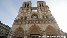 Paris (4e arrondissement) le 12/12/2012 - Vue exterieur de la cathedrale Notre Dame de Paris qui fete en 2013 ses 850 ans