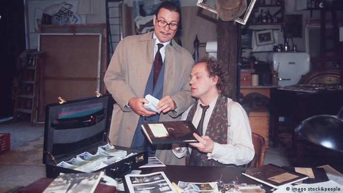 SCHTONK! (1992) Hermann Wille (GÖTZ GEORGE, r.) Copyright: imago/United Archives
