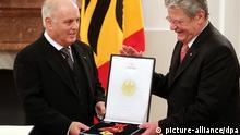 Gauck Verdienstkreuz an Barenboim