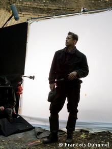 Brad Pitt na snimanju filma Inglorious Bastards