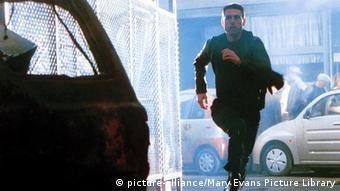 Szene aus dem Film Minority Report mit Tom Cruise (Foto: Mary Evans Picture Library)
