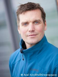 An image of Thilo Maack from Greenpeace (Copyright: Axel Kirchhof/Greenpeace)