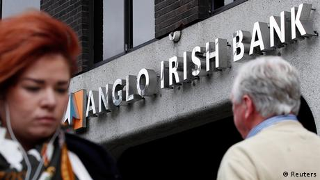 Thousands protest in Ireland against bank bailouts   News   DW.DE   10.02.2013