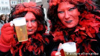 Karneval 2013 Düsseldorf Rheinland Weiberfastnacht overlay geeignet