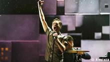 Nate Ruess, lead singer of Fun, performs at the 55th annual Grammy Awards in Los Angeles, California, February 10, 2013. REUTERS/Mike Blake (UNITED STATES TAGS:ENTERTAINMENT) (GRAMMYS-SHOW) // eingestellt von se