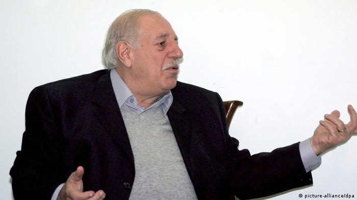 وفاة أحمد جبريل الأمين العام للجبهة الشعبية - القيادة العامة عن عمر ناهز 83 عاما (صورة من الأرشيف)