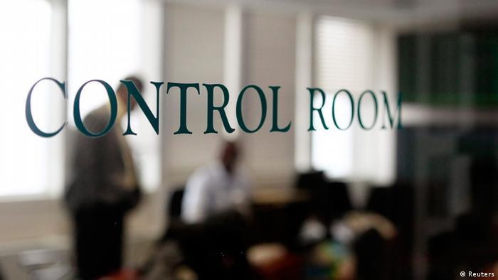 Sala de controle da CTBTO, em Vien