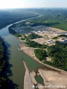 El proyecto Camisea se extiende por una importante Reserva Natural del Perú.