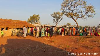 In Yida, im Norden von Südsudan, lassen sich Flüchtlinge aus Südkordofan durch den UNHCR registrieren. (Foto: Andreas Hansmann)