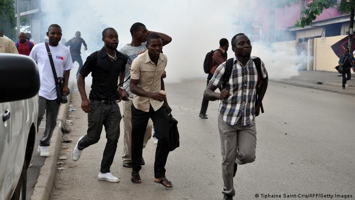 Gabon Studenten Proteste in Libreville Archiv 18.04.2012 (Tiphaine Saint-Criq/AFP/Getty Images)
