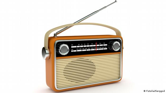 Retro radio, Photo: Serggod - #32877444 - Fotolia.com