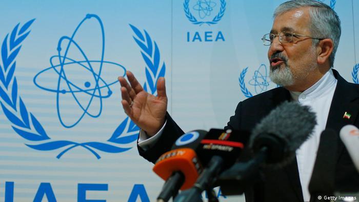 علی اصغر سلطانیه، رئيس هیأت مذاکرهکننده هستهای ایران