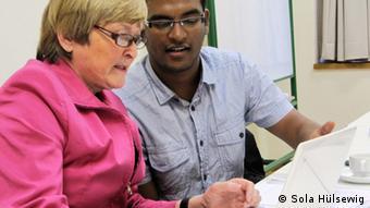 بسیاری از فارغالتحصیلان خارجی دانشگاههای آلمان مایل به کار در این کشور هستند