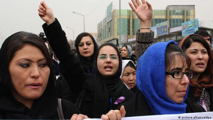 Afghanistan One Billion Rising 2013 (picture-alliance/dpa)