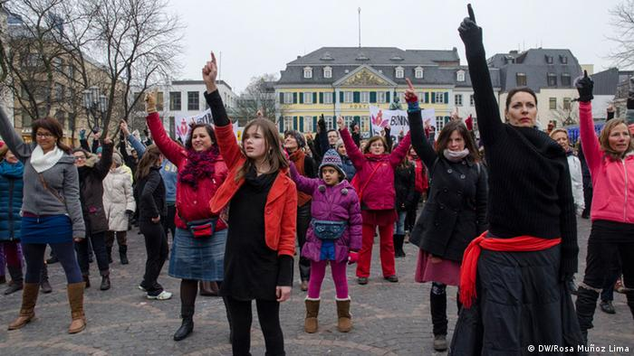 Protestaktion gegen Vergewaltigung und Gewalt gegen Frauen (Foto: DW/Rosa Muñoz Lima)