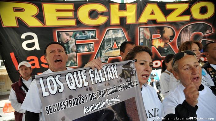Demonstration gegen FARC Kolumbien Bogota