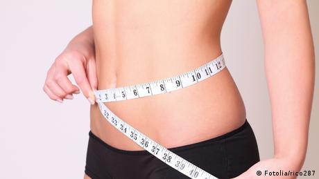 Diätlügen Symbolbild Diät / Ernährung / Figur