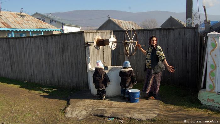 Öffentlicher Brunnen in Homocea, Rumänien Foto: picture-alliance/dpa