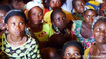 Vergewaltigte Frauen von Luvungi (Foto: DW/ S. Schlindwein)