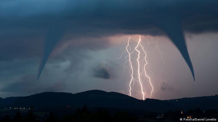 Gewitter Blitz Tornado Wetter