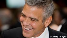 George Clooney ohne Bart Barttransplantation Vollbart Schnurrbart