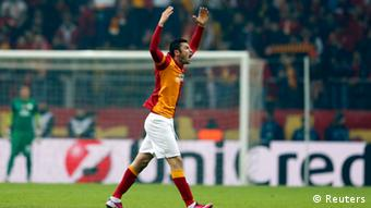 Galatasaray's Burak Yilmaz celebrates his goal against Schalke 04 during their Champions League soccer match at Turk Telekom Arena in Istanbul February 20, 2013. (Photo: REUTERS/Murad Sezer)