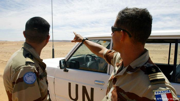 French soldiers of the United Nations mission for the organization of a referendum in Western Sahara (MINURSO) (Photo ABDELHAK SENNA/AFP/Getty Images)