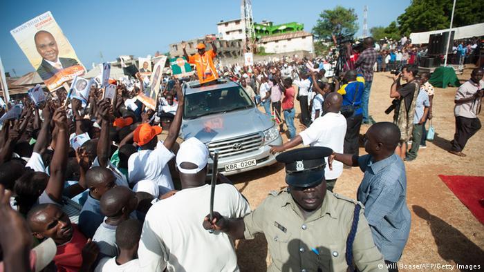 Der Präsidentschaftskandidat Raila Odinga bei einer Wahlkampfveranstaltung (Foto:Will Boase/AFP/Getty Images)