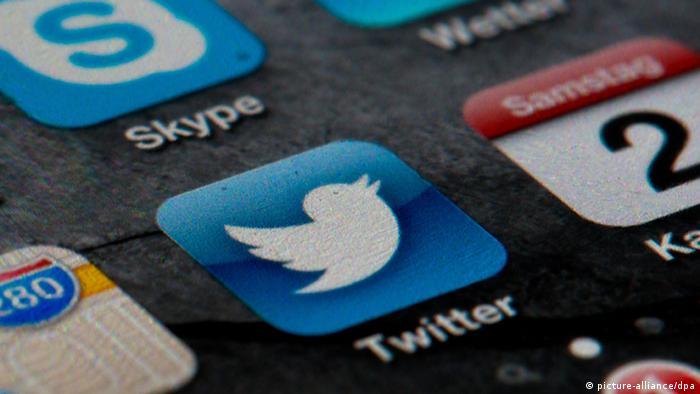 Logo des Kurznachrichtendienstes Twitter. Foto: Soeren Stache/dpa