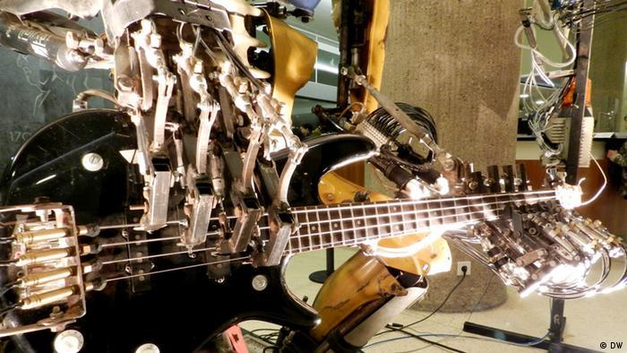 Roboti će uskoro biti konkurencija i Vlatku Stefanovskom