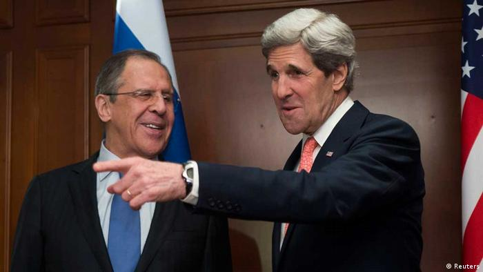U.S. Secretary of State John Kerry (R) meets Russian Foreign Minister Sergei Lavrov in Berlin February 26, 2013. REUTERS/Thomas Peter (GERMANY - Tags: POLITICS)