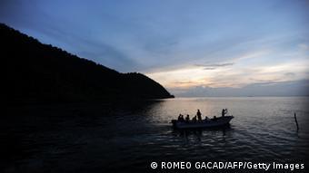 Fischerboot vor der Küste Westpapuas (Foto: afp)