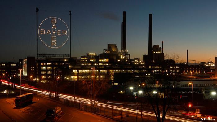 Производственные постройки концерна Bayer в Леверкузене