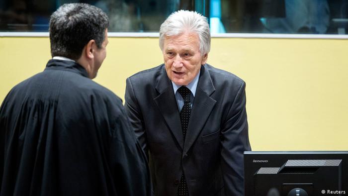 Perišić na optuženičkoj klupi u Haagu u veljači 2013. godine