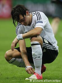 Mesut Özil ni kopačke ne veže besplatno