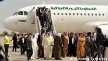epa03603182 Iraqi Airways aircraft is seen after landing for the first time in 23 years, in Kuwait City, Kuwait, 27 February 2013. According to media reports, the first Iraq Airways flight arrived to Kuwait on 27 February, after direct flights had been suspended for 23 years following the Iraqi invasion of Kuwait in 1990. Iraqi Foreign Minister Hoshyar Zebari was onboard the first flight. EPA/STR +++(c) dpa - Bildfunk+++