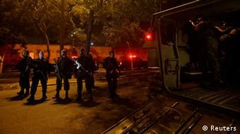Rio de Janeiro Polizei besetzt Favelas