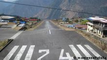 Flughafen in Lukla, Nepal.#13413436 © momesso - Fotolia.com