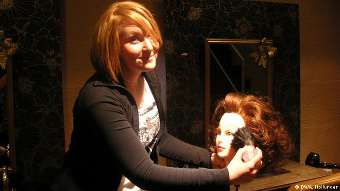 Friseur Azubi Friseurberuf Hairstylistin