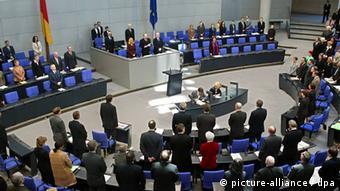 Bundestag: Gedenkminute für Zoran Djindjic