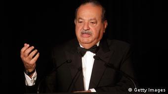 سرمایه کارلوس اسلیم صاحب شرکت مخابرات تلمکس ۷۲،۱ میلیارد دلار تخمین زده میشود.