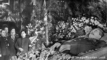 Stalin Sarg Beerdigung