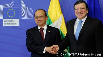 European Commission President Jose Manuel Barroso (R) welcomes Myanmar President Thein Sein (L) before a meeting at the EU Headquarters in Brussels on March 5, 2013 (Photo: JOHN THYS/AFP/Getty Images)