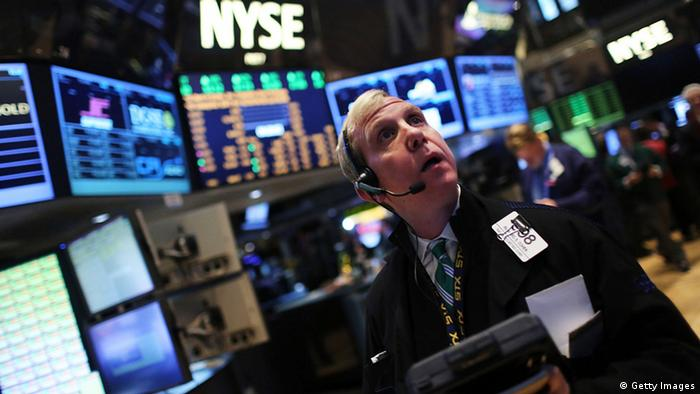 Traders work on the floor of the New York Stock Exchange (Photo: Spencer Platt)