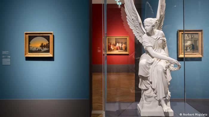 ###ACHTUNG! Bilder nur im Zusammenhang mit einer aktuellen Berichterstattung zur genannten Ausstellung verwenden, diese nicht verändern, manipulieren oder deren Inhalt für andere Zwecke verwenden!!!!! BESCHNEIDEN ERLAUBT, WENN ALS AUSSCHNITT GEKENNZEICHNET!!#### Frankfurt Städelmuseum Ausstellung Schönheit und Revolution Ausstellungsansicht Frankfurt am Main, 19. Dezember 2012 SCHÖNHEIT UND REVOLUTION. KLASSIZISMUS 1770–1820  Ausstellungsansicht Foto: Norbert Miguletz
